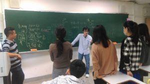 師生討論與方案設計